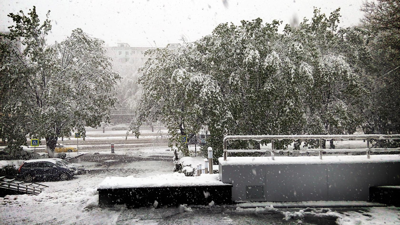 april snow in chisinau (12)