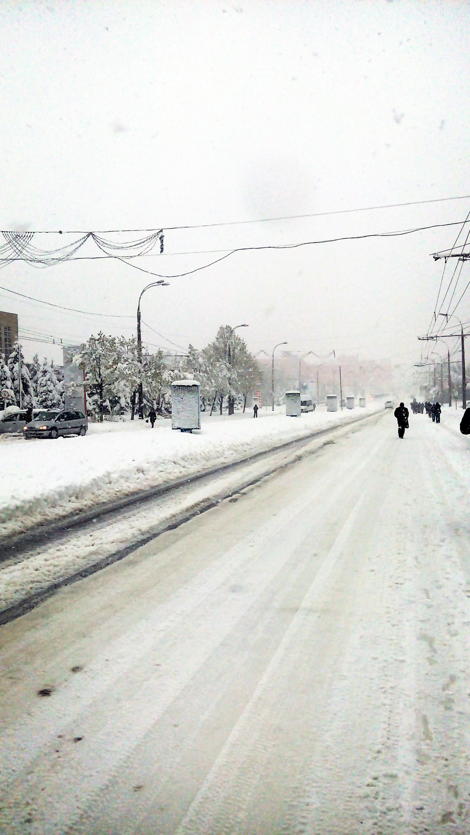 april snow in chisinau (21)