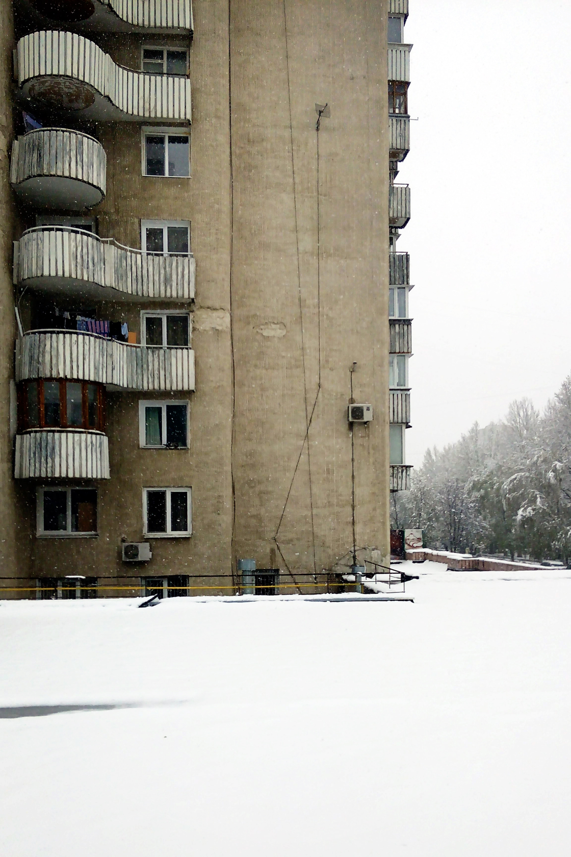 april snow in chisinau (22)
