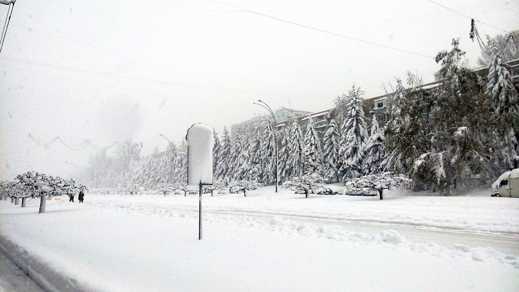 april snow in chisinau (23)
