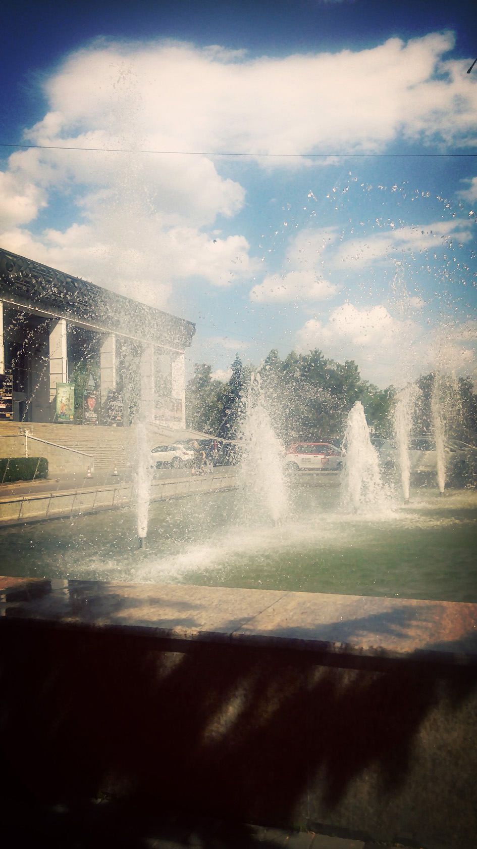 05-fountains in chisinau vintage filter